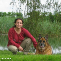 Chloe Fesch éducateur comportementaliste canin